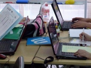 パソコン(NPO法人MAMIE)