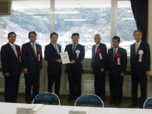 西村副大臣要望(愛媛県知事と)