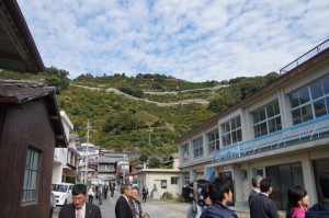 舌田小学校を改修