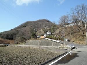 丘の上の施設