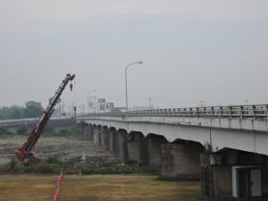 被災した中方橋