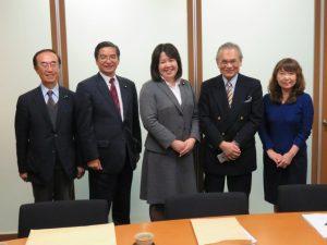 迫田理事長・伊藤たかえ議員・渡邊元参議院議員と